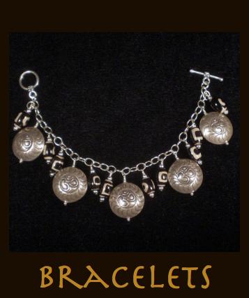 bracelets button